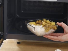 微波炉可以当烤箱用吗?可以烤面包吗